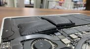 【MacBook Air】バッテリーが膨らんで閉じられない!【バッテリー交換:11,800円】